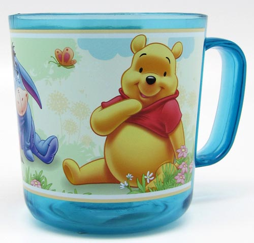 trinkbecher tasse milchbecher mit henkel kunststoff disney 350ml winnie the pooh ebay. Black Bedroom Furniture Sets. Home Design Ideas